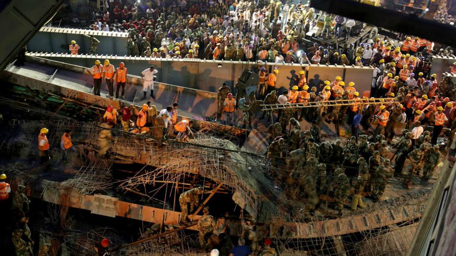 71 personas resultaron heridas, informó la Policía, que agregó que muchos de los heridos son tratados en hospitales cercanos. EFE