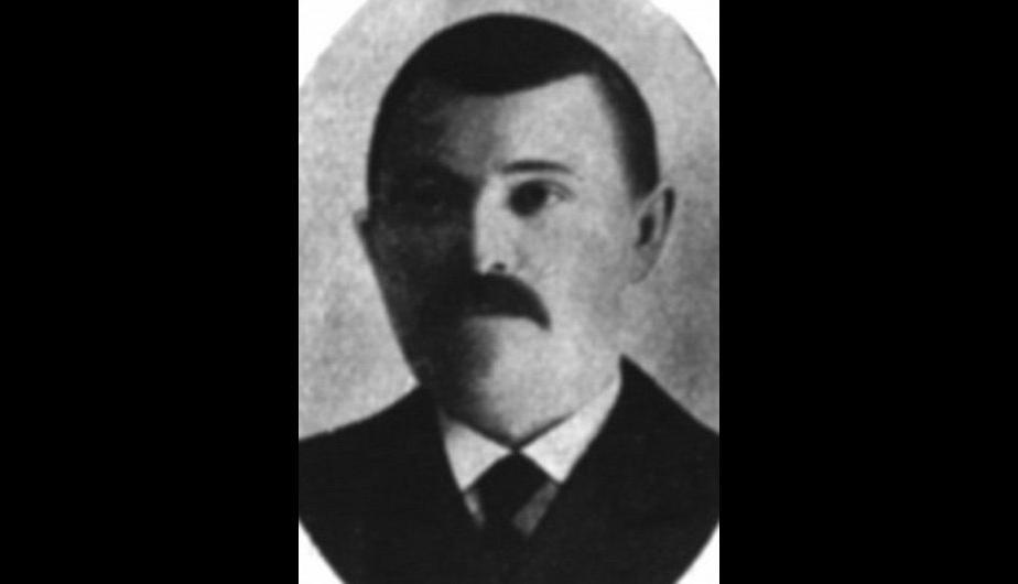 """Edward Lindell. Un anillo de oro con la inscripción """"Edward a Greta"""" fue clave para identificar que estaba en el bote. Era personal del Titanic. (Foto: HAldridge/BNPS)"""