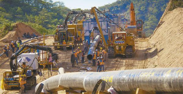 Total E&P Bolivie invierte $us 1.000 millones en el megacampo de gas Incahuasi hasta 2016. El Incahuasi es el futuro del país