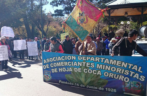 Hoy. La manifestación de los comerciantes minoristas de hoja de coca en Oruro