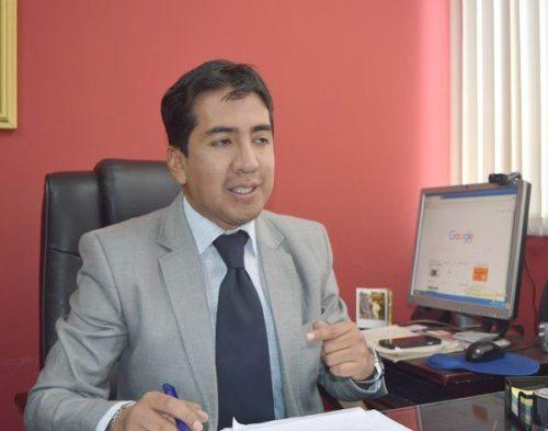 ABOGADO WILLIAMS BASCOPÉ LARUTA HABLA CON EL DIARIO.