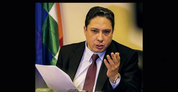 El procurador general del Estado, Héctor Arce, presentó la propuesta a título personal, según él