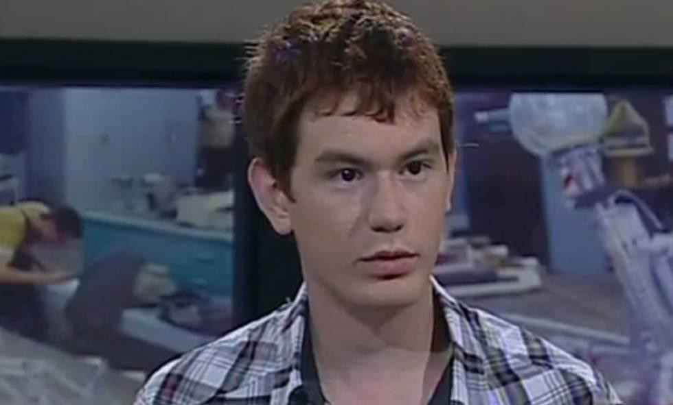David Varlotta durate una entrevista con la TV Pública.