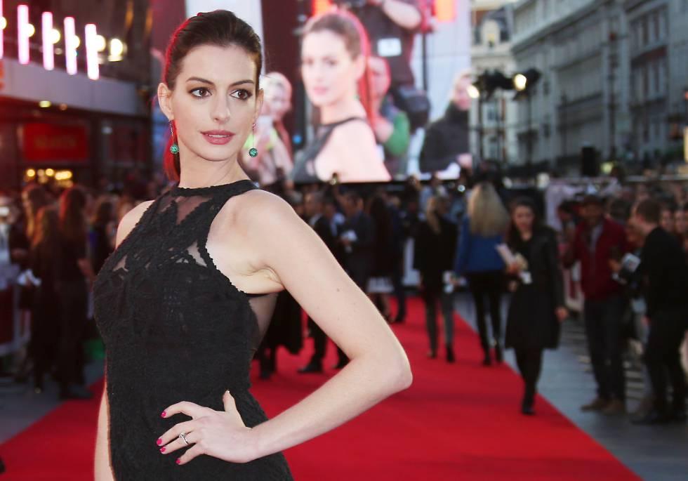 Anne Hathaway en el estreno de la película