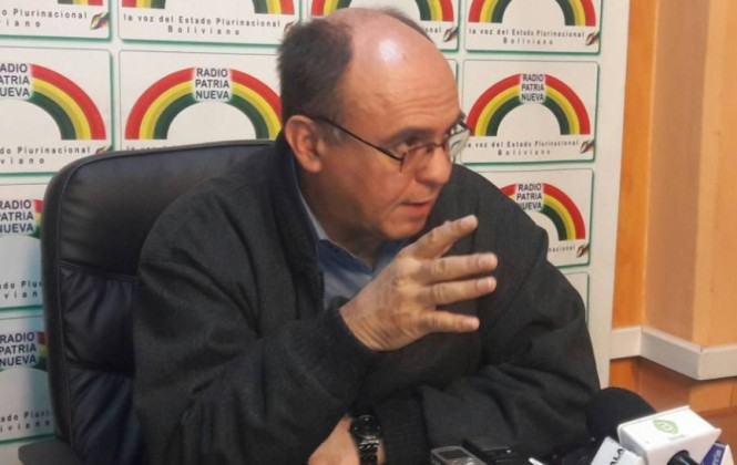 """Ministro Ferreira calificó como muestra de """"cinismo"""" las declaraciones del canciller de Chile"""