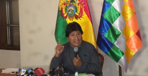 El primer mandatario deploró que algunos periodistas se presten a magnificar el escándalo por el caso Gabriela Zapata.