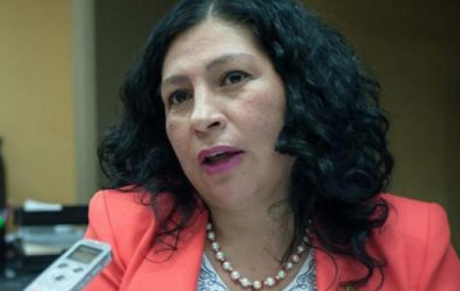 """Senadora Gómez califica de """"descabellada"""" advertencia de proceso contra CNN"""