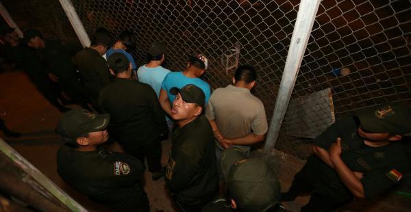 La Policía reporta a cinco detenidos ajenos a la