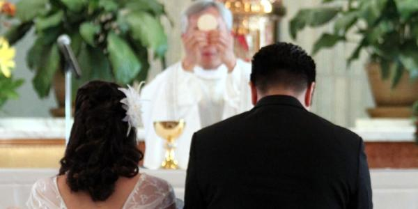 Las 10 cosas que debes saber sobre el matrimonio católico