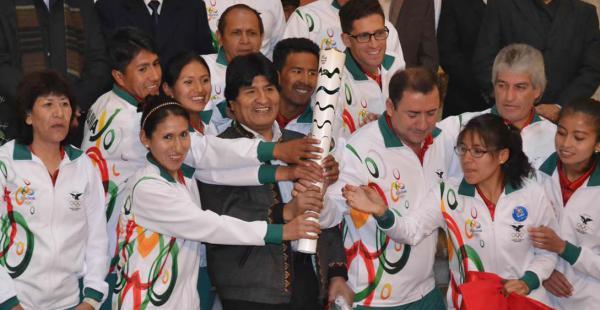 El acto de despedida a la delegación boliviana se realizó este martes en Palacio de Gobierno