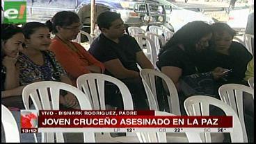 Dan último adiós a joven asesinado en La Paz