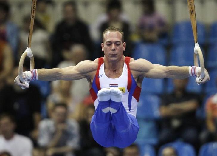 El gimnasta holandés Yuri van Gelder en la final del Campeonato Mundial de la especialidad en Moscú