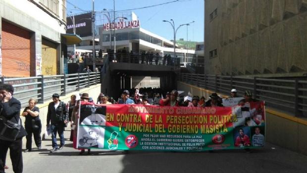 Patzi declara en Sucre y organizaciones le brindan su apoyo en La Paz con marchas
