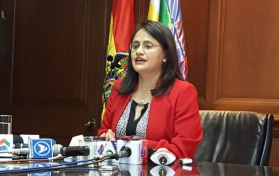 Valdivia advierte que la negativa de cooperativistas a abrir cuentas bancarias raya en lo ilegal