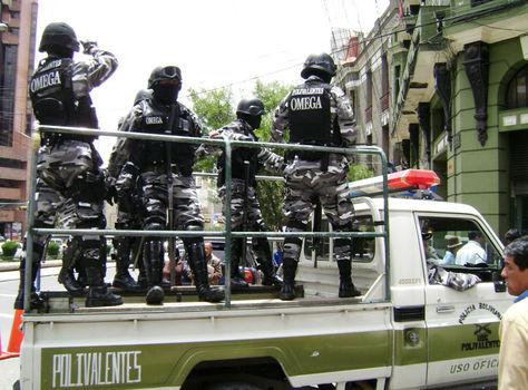 Efectivos de la Policía boliviana serán desplazados para el partido por Copa Libertadores.