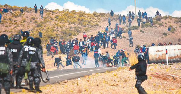 audiencia cautelar los dirigentes mineros serán enviados ante un juez en las próximas horas Más de 40 personas fueron detenidas ayer, de ellas cinco se encuentran aprehendidas