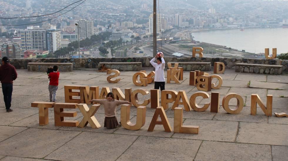Obra expuesta en La Pan, uno de los espacios artísticos autogestionados de Valparaíso.