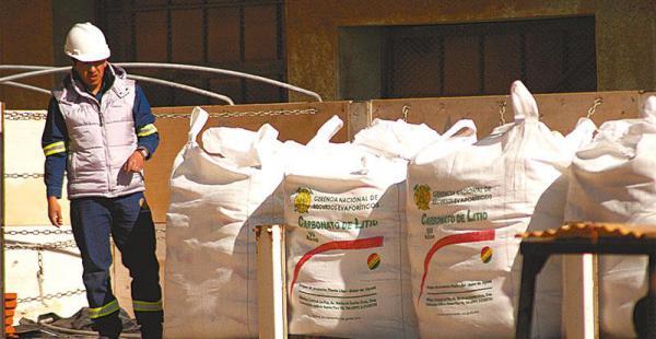 costo internacional  la producción nacional de carbonato de litio regulará los precios Las toneladas comercializadas, posicionan a Bolivia como un productor importante
