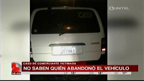 Encuentran vehículo robado a comerciante degollada