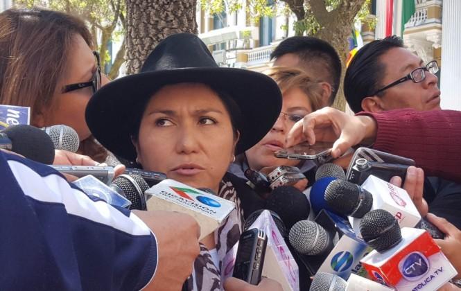 Ministra Paco formula denuncia contra políticos de UD y contra Valverde por mensajes discriminatorios