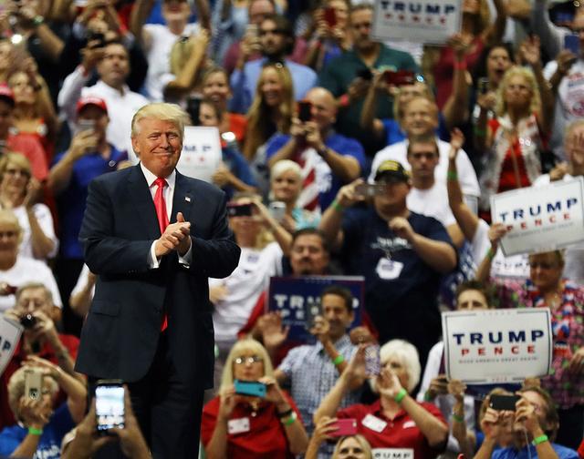 Trump, aclamado en uno de sus mítines.