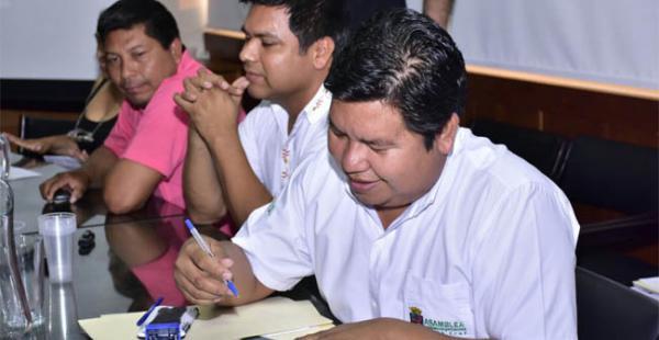Autoridades de Guarayos firmaron un acuerdo con representantes de la Gobernación de Santa Cruz
