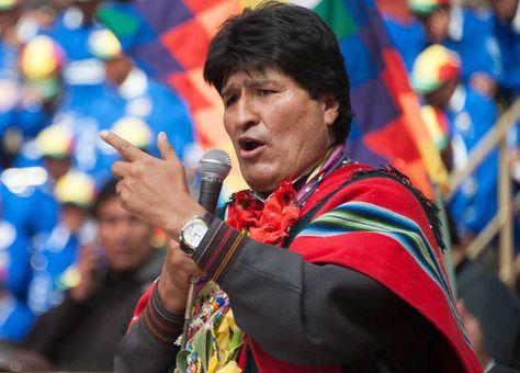 El presidente Evo Morales anuncia decretos en el Día de la Revolución Agraria, en Challapata, Oruro.