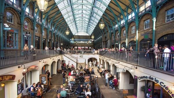 Todo rico y bien fresco en los muchos mercados que ofrece la capital inglesa.