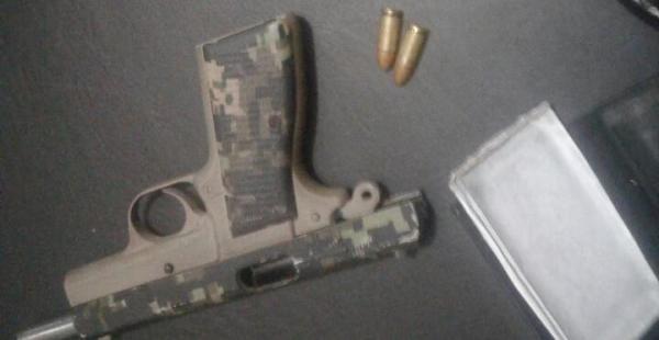Este es el arma que el atracador utilizó para victimar al librecambista