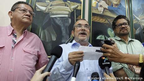 Kuba Timoshenko kommentiert den Ausgang des Referendums (picture alliance/dpa/E. Mastrascusa)
