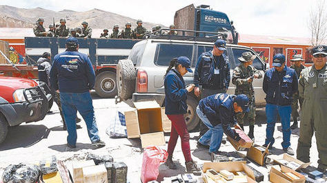 Decomiso de mercadería de contrabando. Foto archivo