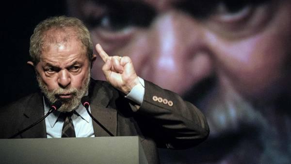 Respuesta. El ex presidente Lula da Silva se defiende de las acusaciones de corrupción. /AFP
