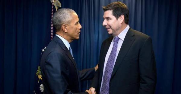 Marcelo Claure y el presidente de EEUU se reunieron en la Casa Blanca, dos semanas después de que el empresario anuncie la donación de un millón de celulares