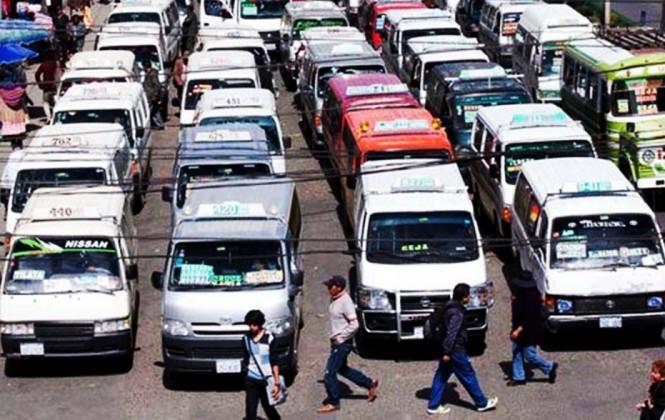 Choferes dicen que renovaron el 85% de las unidades de transporte público en La Paz