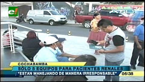 Cochabamba: Llevan a enfermos renales a centro con menos equipos