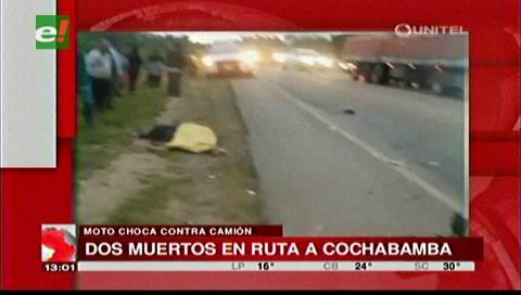Dos personas mueren en choque de moto con un camión en la vía a Yapacaní