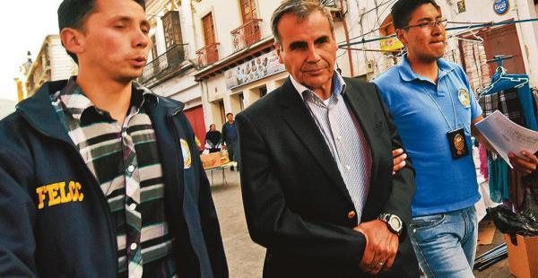 El excomandante general de las FFAA Omar Salinas fue enviado a la cárcel por supuesta corrupción