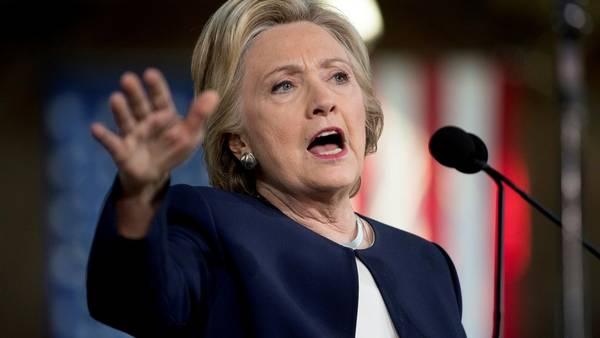 En campaña. La candidata Hillary Clinton durante un acto en Detroit, Michigan. /AP