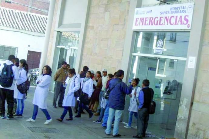 EMERGENCIAS. El herido fue transportado desde el aeropuerto de Alcantarí para ser atendido en el hospital Santa Bárbara,