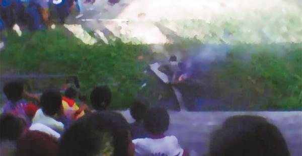 Una enardecida turba quitó la vida a un supuesto ladrón de motocicletas en la poblaciónb de Entre Ríos
