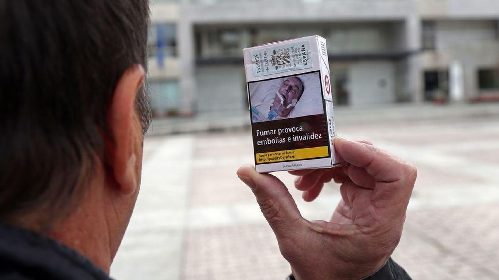 El gallego que ha denunciado que su fotografía está en las cajetillas de tabaco.
