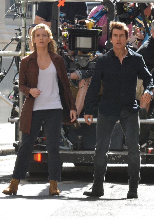 Tom Cruise, Annabelle Wallis