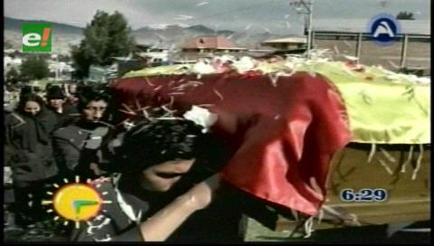 Dieron el último adiós al radialista Donato Ayma