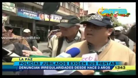La Paz: Policías jubilados marcharon exigiendo sus rentas