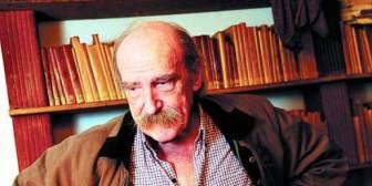 Murió el escritor argentino Alberto Laiseca