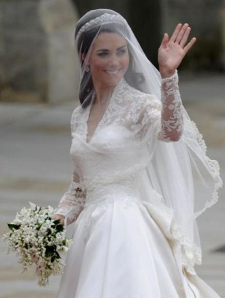 El vestido de novia de Kate Middleton 6