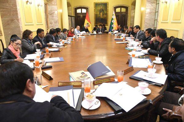 AYER EN PALACIO DE GOBIERNO, EL PRESIDENTE EVO MORALES SE REUNIÓ CON SUS MINISTROS.