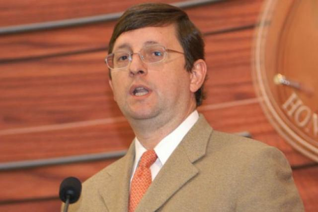 Resultado de imagen para Senador Óscar Ortiz