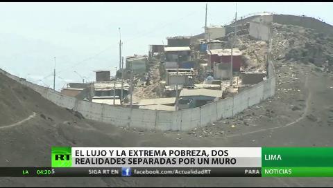 Una valla entre el lujo y la extrema pobreza: 'El muro de la vergüenza' de Perú