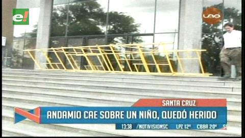 Santa Cruz: Andamio cae y golpea a un niño en el Palacio de Justicia